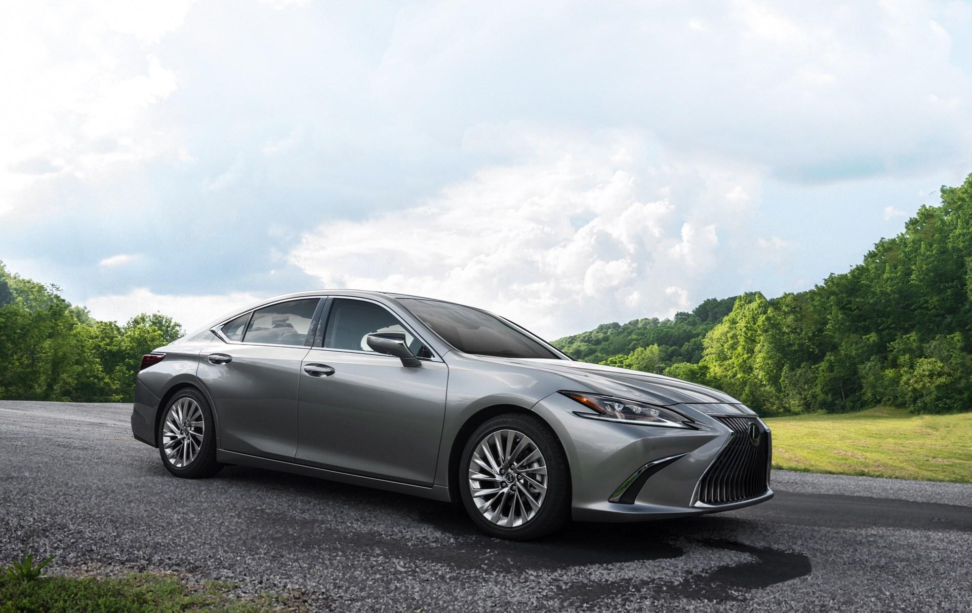 lexus-design-2019-es-ultra-luxury-atomic-silver-x