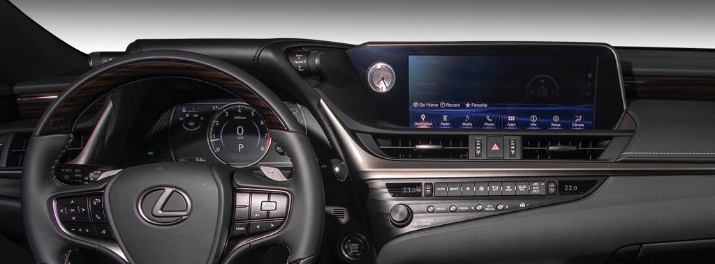 lexus-technology-2019-es-display-screens-x