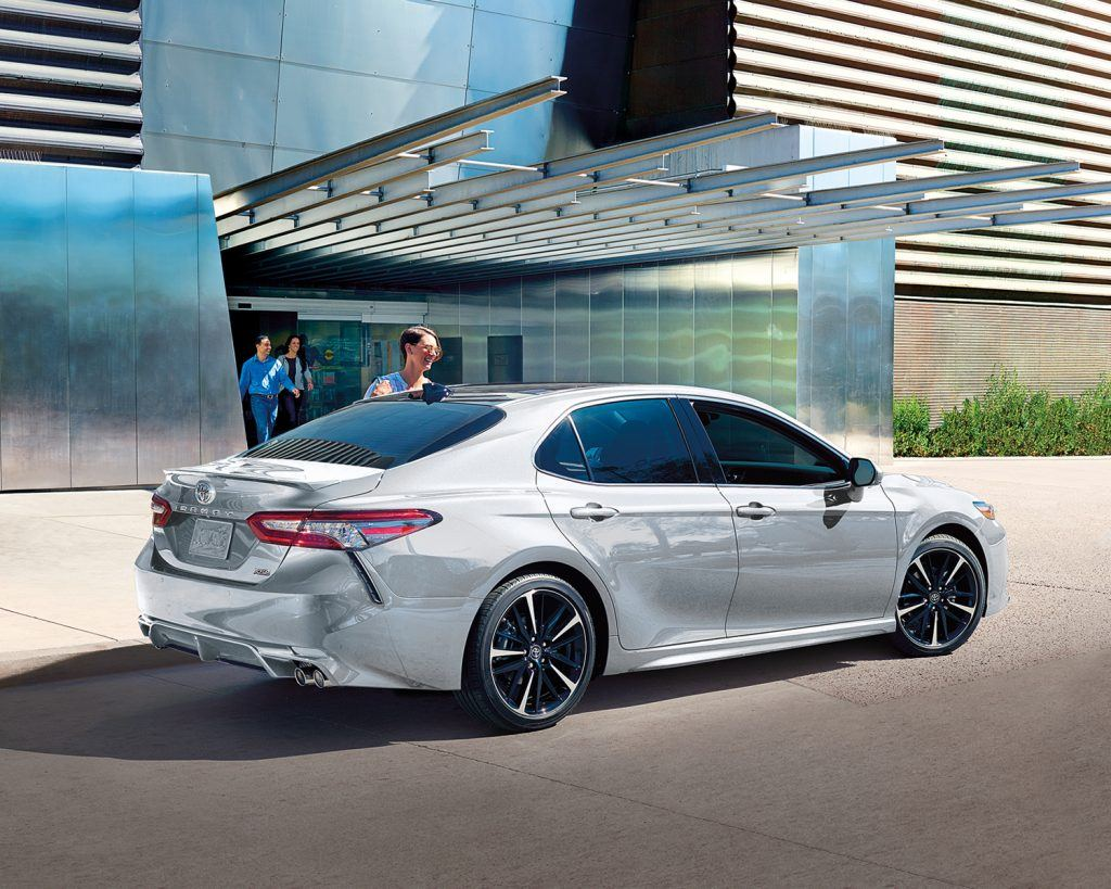 toyota-2019-camry-xse-wind-chill-l