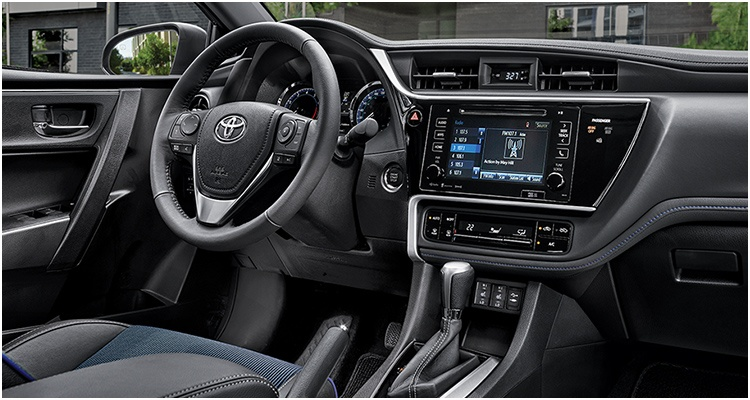 toyota-2019-features-design-corolla-se-xle-package-interior-l