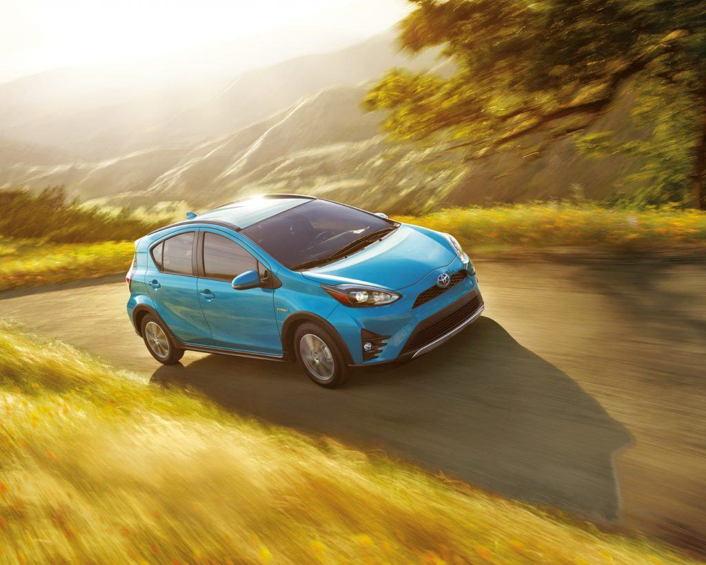 toyota-2019-prius-c-technology-clear-emerald-pearl-l