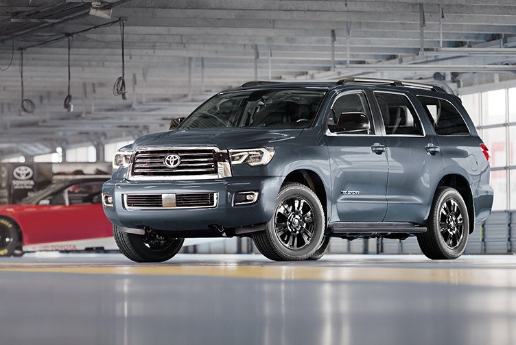 toyota-2019-sequoia-features-performance-trd-sport-package-l