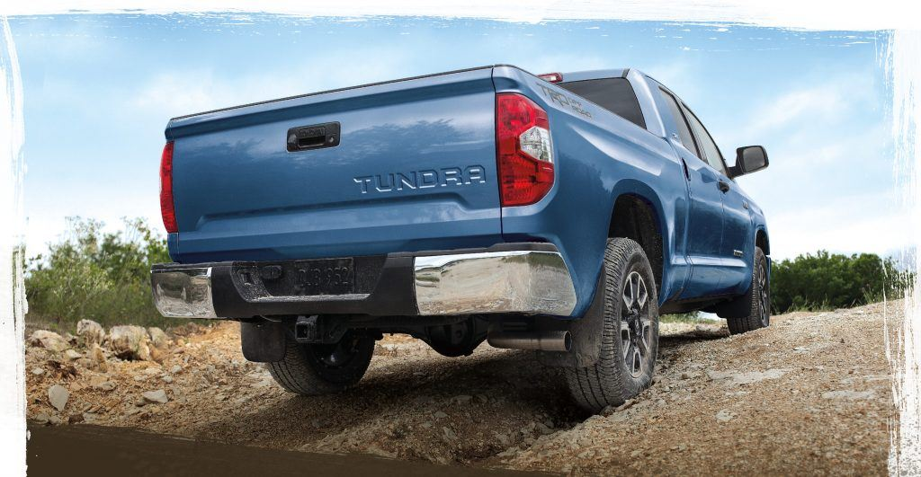 toyota-2019-tundra-features-technology-4x4-crewmax-trd-pro-rear-top-l