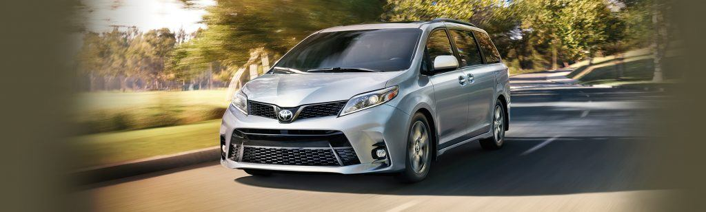 toyota-features-2019-sienna-se-technology-l